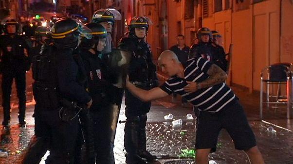 درگیری میان هولیگانهای انگلیسی و پلیس در آستانه بازی انگلستان در مارسی