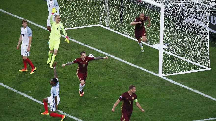 Schweiz und Wales mit Siegen, England und Russland unentschieden