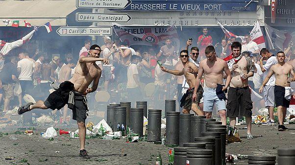 EURO2016: Violência volta a Marselha a poucas horas do jogo entre Inglaterra e Rússia
