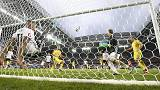 Euro 2016: Mustafi-Schweinsteiger, la Germania piega una bella Ucraina