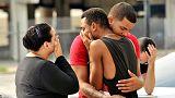 Massacre de Orlando: Pais e amigos procuram vítimas