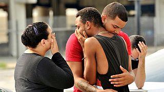 ΗΠΑ: Αγωνία και προσευχή για τα θύματα