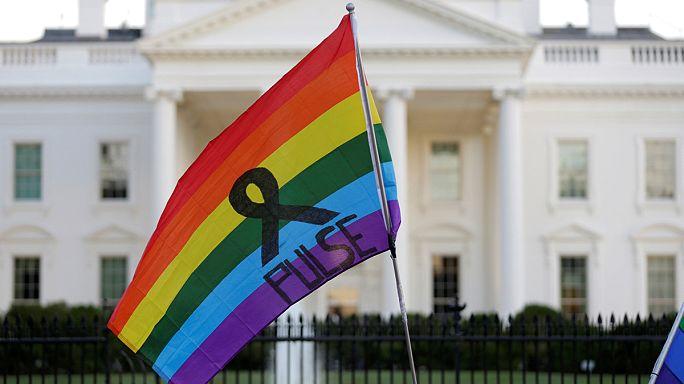 Manifestations de solidarité LGBT aux Etats-Unis et partout dans le monde