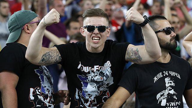 """150 مشجعاً روسياً مدربين على اثارة الشغب و""""التدخل السريع والعنف المفرط"""""""