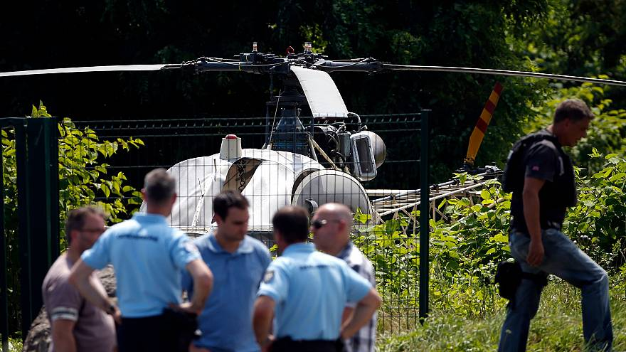 Image: Police discover a helicopter abandoned by French armed robber Redoin