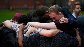 Les réactions après la fusillade d'Orlando
