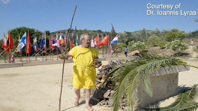 Tunikában futottak az emberközeli ellen-olimpián