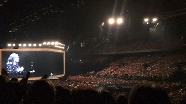 Adele widmet Konzert Orlando-Opfern