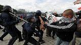 حشود تتظاهر في فرنسا احتجاجا على قانون العمل الجديد