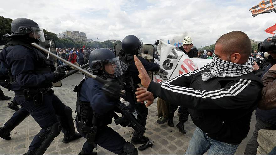 Clashes in Paris as 'one million march' against labour reforms