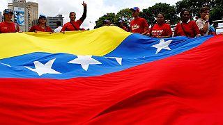 Venezuela: Oposição acusa autoridades de anular assinaturas para impedir referendo