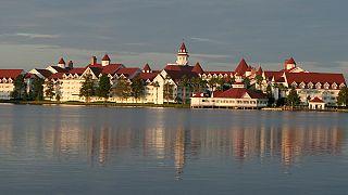 Orlando: bimbo aggredito da alligatore nel parco Disney