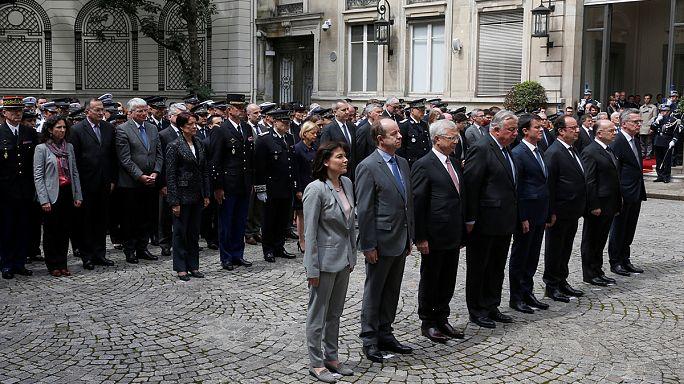 Um minuto de silêncio e o temor de novos atentados em França