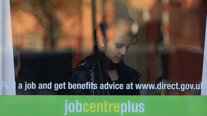 انخفاض معدل البطالة في المملكة المتحدة إلى خمسة بالمئة