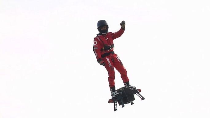 A prancha voadora de Franky Zapata