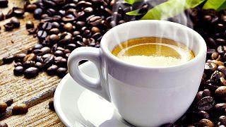 """El café, el mate y otras bebidas """"muy calientes"""" son cancerígenas según la OMS"""