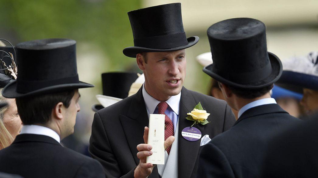 الأمير وليام يقدم تعازيه لضحايا أورلاندو في السفارة الأميركية في لندن