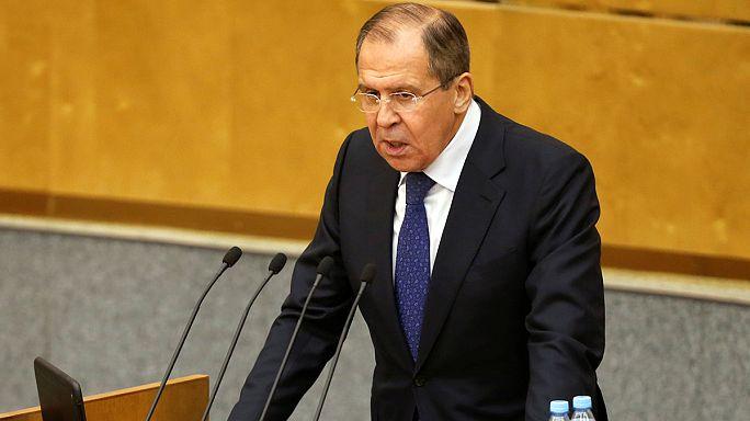 Lawrow verurteilt Festsetzung russischer Fans