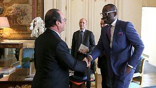 Alain Mabanckou reçu par François Hollande