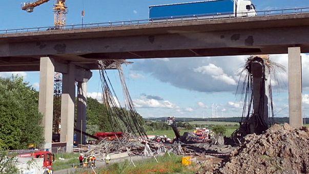 Leszakadt egy autópályahíd Németországban