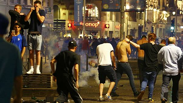 Arrests in Lille after police clash with football fans