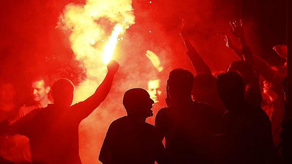Стычки между английскими и французскими фанатами в Лилле