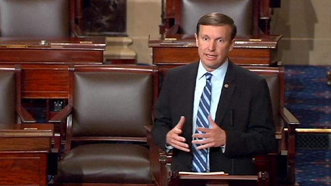 14 órás demokrata obstrukció a fegyvertartás szigorításáért