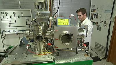Helium microscope: Seeing the unseen