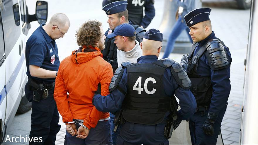 Беспорядки в Марселе: трое российских болельщиков получили от года до двух тюрьмы