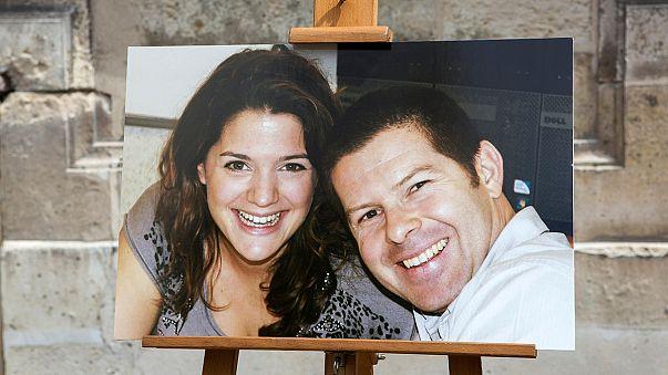 Gedenkmarsch für ermordetes Polizistenpaar