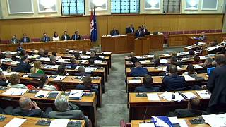 A MOL-INA-ügy miatt bukhatott meg a horvát miniszterelnök