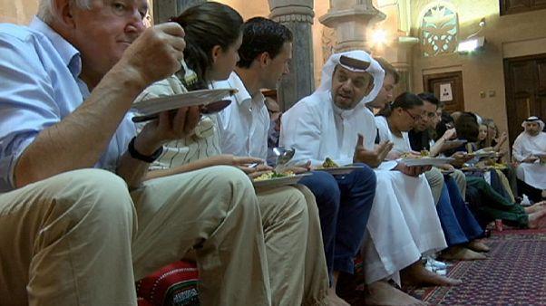 برنامه آشنا سازی مهاجران با ماه رمضان در امارات