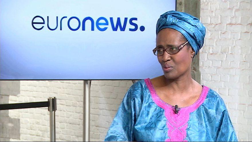 """A Europa está a """"afastar-se dos direitos humanos"""", diz diretora da Oxfam"""