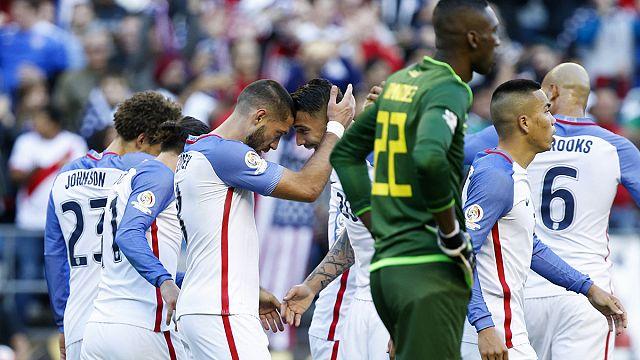الولايات المتحدة تتأهل إلى نصف نهائي بطولة كوبا أميركا