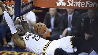 Finales NBA : les Cavs décrochent un match 7