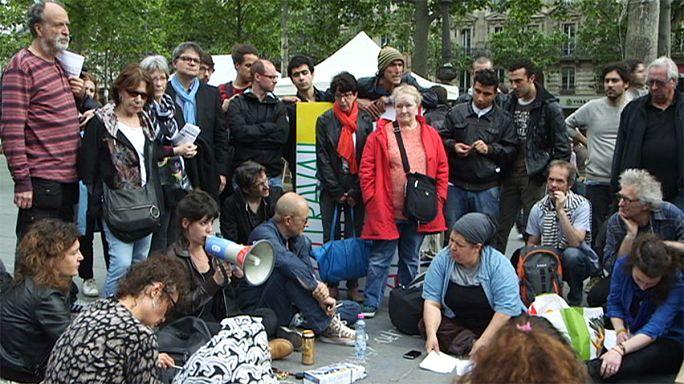 De pé, Podemos: A esquerda e os movimentos de cidadãos