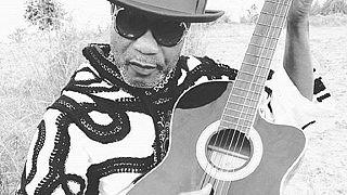 RD Congo: Koffi Olomide pleure Papa Wemba en chanson
