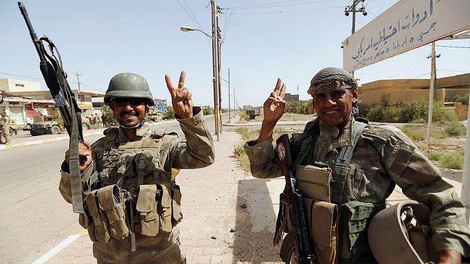 Премьер-министр Ирака объявил о победоносном завершении битвы за Фаллуджу