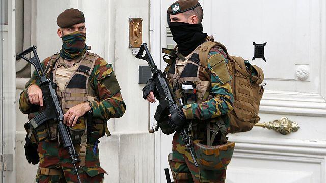 Belçika: Polis, Euro 2016'ya terörist saldırı istihbaratı ile 40 noktaya baskın düzenledi