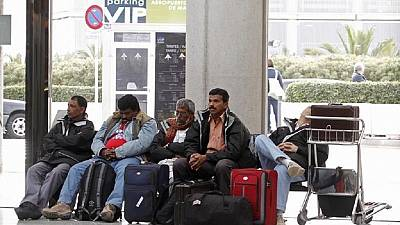 L'Algérie fait les yeux doux aux binationaux