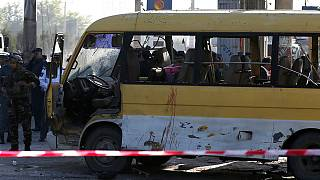 Egy busz utasai között szedett áldozatokat a kabuli robbanás