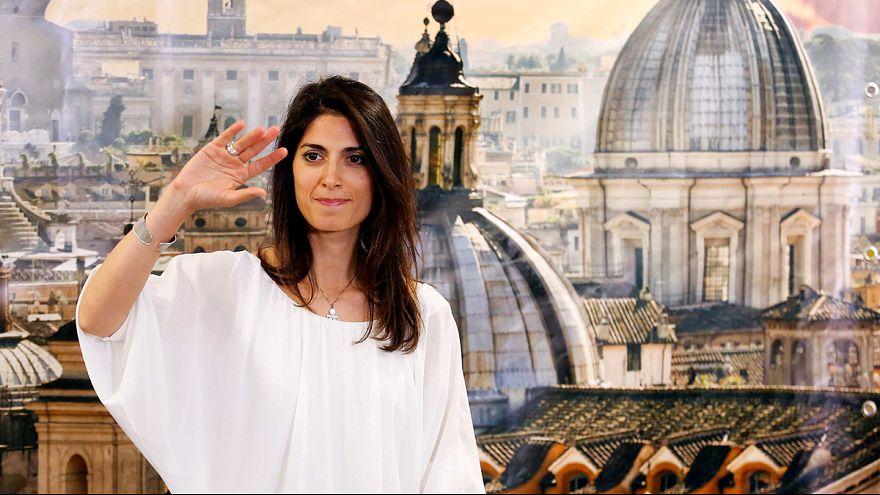 Virginia Raggi, nueva alcaldesa de Roma, promete una 'nueva era'