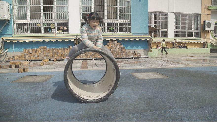 Aprender a brincar na China e EUA