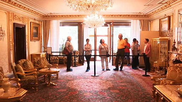 See Nicolae Ceausescu's gold bathroom
