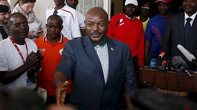 Burundi : meeting du président malgré la crise politique