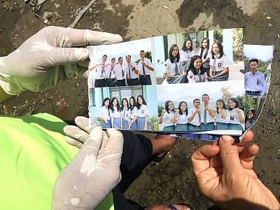 Sharon Parilla (furthest right in the bottom left photo) was one of dozens of children who attended a bible camp at the Jono Oge Protestant Church when the earthquake hit Indonesia.