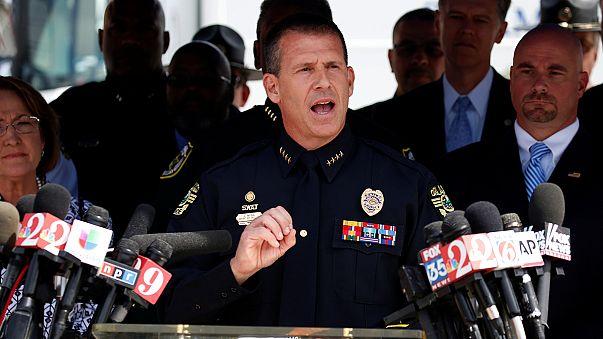 Стрелок из Орландо грозил надеть на заложников пояса смертников