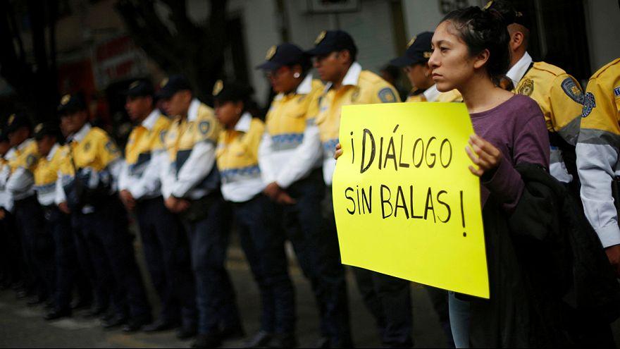 Μεξικό: Στους δρόμους και πάλι οι εκπαιδευτικοί