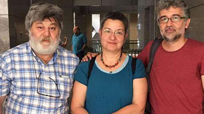 Özgür Gündem'de 3 tutuklama