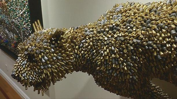 Beauty from destruction - Federico Uribe creates life-like animals from used bullets